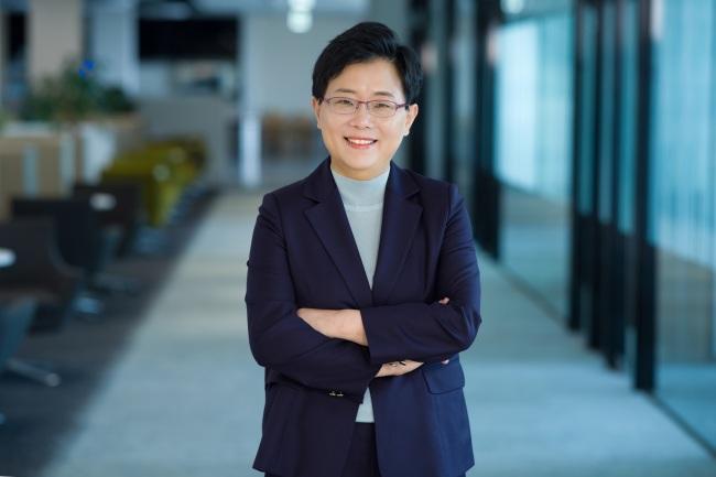 Xóa bỏ hình ảnh phụ nữ Hàn Quốc chỉ nội trợ, nữ CEO này đã tỏa sáng hơn bao đấng nam nhi hiện đại