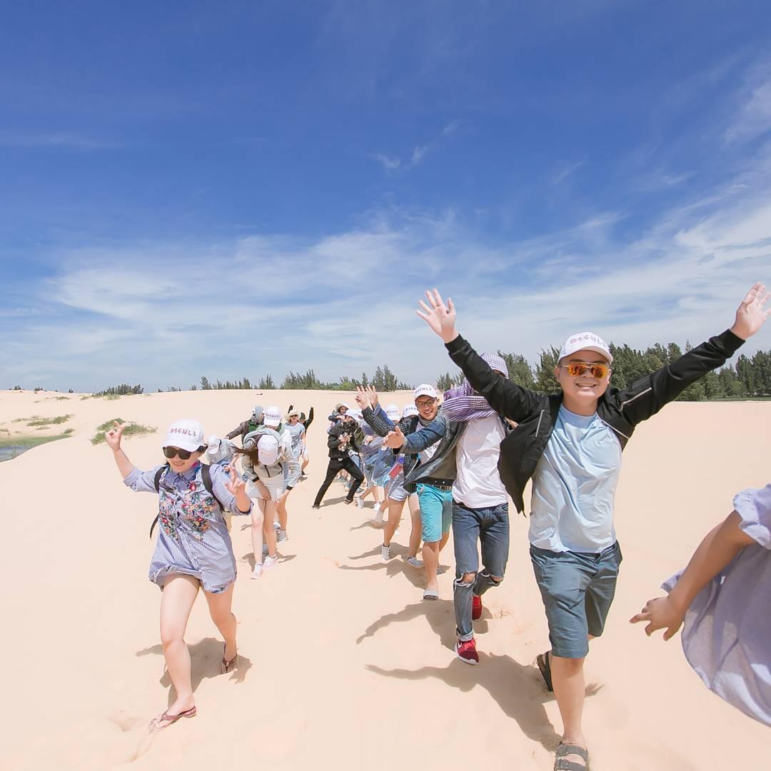 """Lạc bước giữa """"tiểu hoang mạc Sahara"""" đẹp nín thở mang tên Bàu Trắng ở Mũi Né – Phan Thiết"""