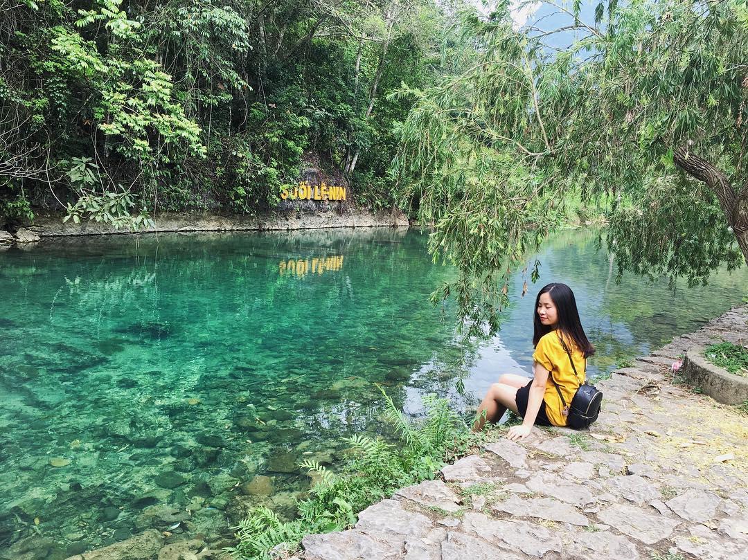 """Cứ ngỡ lạc vào """"thiên đường xanh"""" Cửu Trại Câu phiên bản Việt đẹp ngây ngất ở ngay Cao Bằng"""