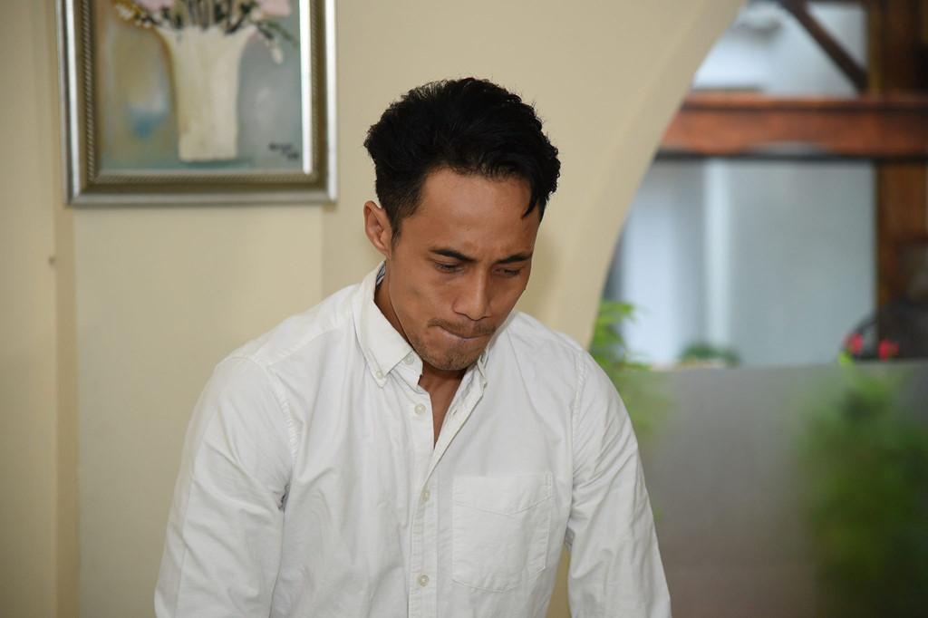 """HOT: Phạm Anh Khoa cúi đầu nhận lỗi vì tội gạ tình, căng thẳng """"chưa từng có tiền lệ"""" trong showbiz Việt"""
