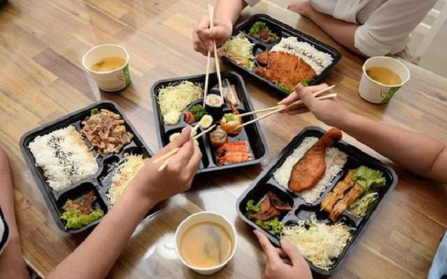 Bữa ăn trưa cho dân công sở - Thị trường màu mỡ đang nóng dần mức độ cạnh tranh