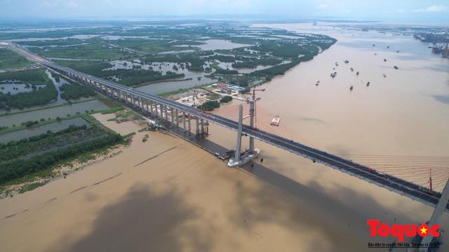 Cây cầu trị giá hơn 7.000 tỷ đồng rút ngắn quãng đường từ Hà Nội đi Quảng Ninh chỉ còn 1,5 tiếng