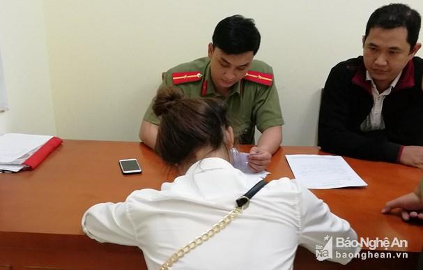 """12 nam nữ thanh niên bị phát hiện tham gia """"Hội Thánh Đức Chúa Trời"""" ở Nghệ An đồng loạt viết cam kết rời hội"""