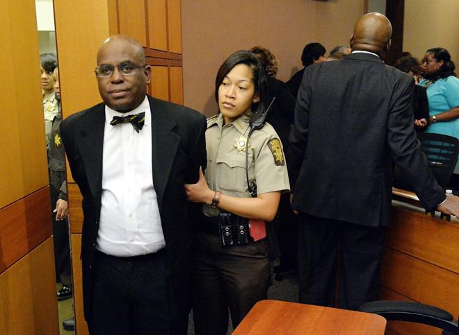 11 giáo viên ngồi tù vì sửa bài thi, nâng điểm trong vụ gian lận thi cử chấn động nước Mỹ
