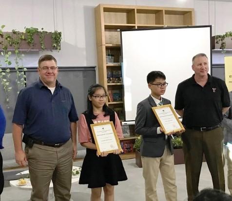 2 học sinh lớp 8 giành học bổng toàn phần trị giá 3,6 tỷ đồng của trường quốc tế Hoa Kỳ