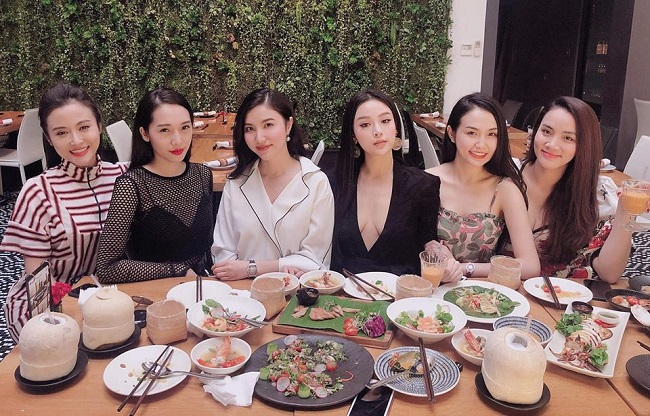 Tìm lại những hot girl trong hội bạn thân của Huyền Baby sau 10 năm nổi tiếng