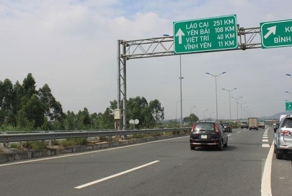 Dự án 2.000 tỷ đồng làm đường nối cao tốc Nội Bài - Lào Cai với đường Lào Cai đi Sa Pa