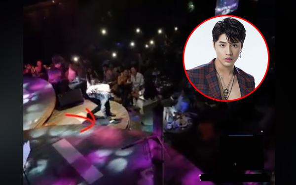 Clip: Noo Phước Thịnh chuẩn soái ca, đang biểu diễn phải cúi xuống nhặt rác khiến fans vỗ tay ầm ầm