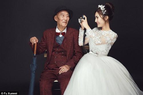 9x xinh đẹp chụp ảnh cưới với ông nội gây xôn xao cộng đồng mạng Trung Quốc vì lý do đặc biệt này