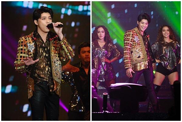 """Noo Phước Thịnh cực """"bảnh"""", hát live đẳng cấp trên sân khấu Hong Kong khiến hàng nghìn fans quốc tế phấn khích"""