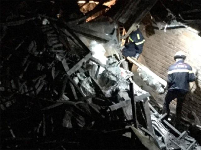 Sau 4 ngày cháy lớn cạnh Bệnh viện Nhi Trung ương, phát hiện 2 thi thể trong đống đổ nát