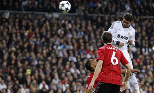 Cristiano Ronaldo gặp lại Manchester United tại vòng bảng Champions League