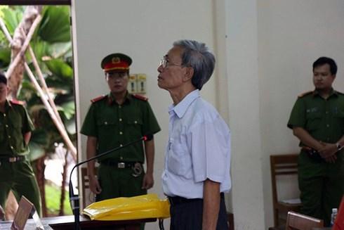 Viện KSND tỉnh Bà Rịa - Vũng Tàu kiến nghị về bản án 18 tháng tù treo của cụ ông xâm hại trẻ em