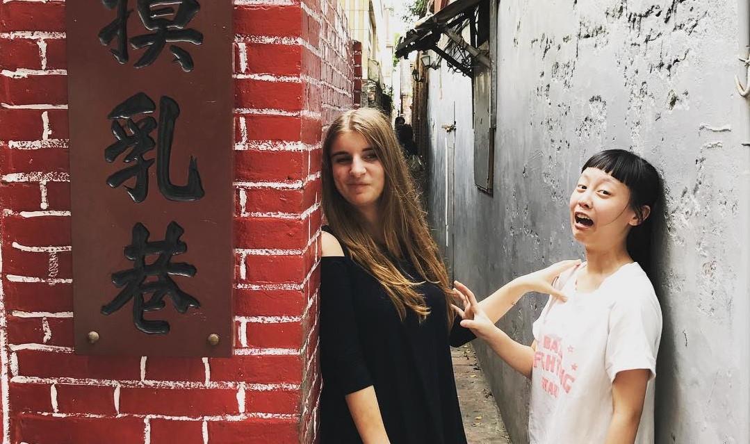 """Tới Đài Loan nhất định phải ghé Lộc Cảng - làng cổ siêu đẹp với con hẻm siêu chất mang tên """"Ngõ Sờ Ngực"""""""