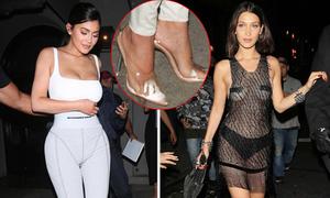 """Vừa bí lại chẳng êm, thế nhưng giày cao gót nhựa vẫn """"soán chỗ"""" trong lòng sao Hollywood chỉ vì điều này"""