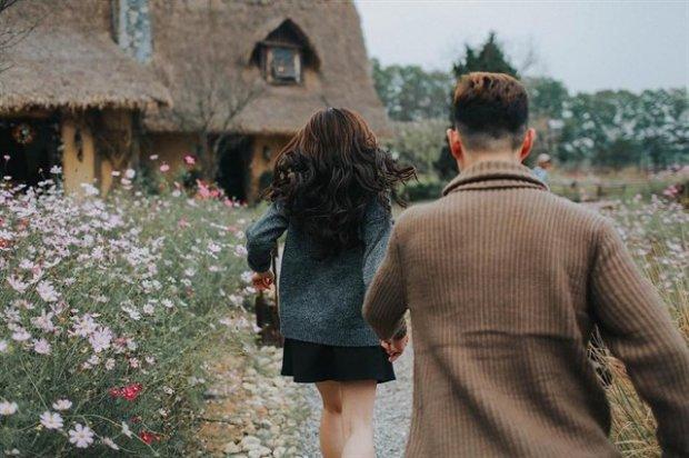 """""""Nắm tay nhau đi khắp thế gian"""" cũng phải đẹp cả đôi với loạt """"idea"""" dành riêng cho couple cực chất"""
