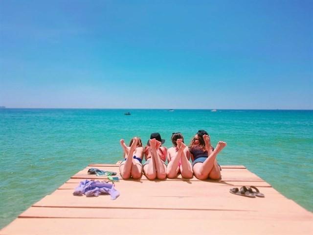 """Biển xanh, cát trắng và nắng vàng, không phải """"rick kid"""" vẫn có kèo du hí sang xịn mộng mơ tại """"Maldives Việt"""""""