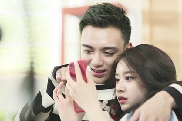 """Soobin Hoàng Sơn bất ngờ thú nhận """"cảm mến"""" Jiyeon, mặt bối rối mỗi khi crush nhìn"""