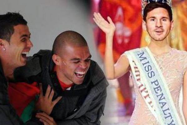 """""""Lướt phây"""" mùa World Cup: Messi bị """"troll"""" khắp mạng xã hội sau pha bỏ lỡ penalty"""