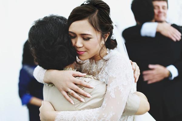 """""""Hôm nay bạn ấy lấy chồng"""": Chia sẻ của chàng trai hơn 10 năm đơn phương khiến dân mạng trách """"Yêu sao không nói!"""""""