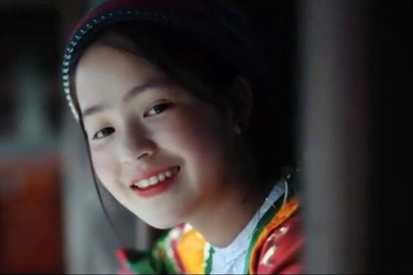 """Em gái 2k3 Hà Giang khiến mạng xã hội """"điên đảo"""" khi tung trailer xinh đẹp rạng ngời"""