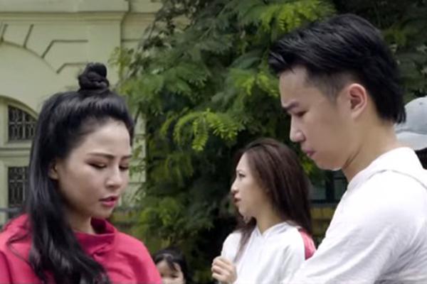 """Sau màn """"khóa môi"""" đắm đuối, Minh Tít chính thức tuyên bố """"Trâm Anh là của tôi!"""""""