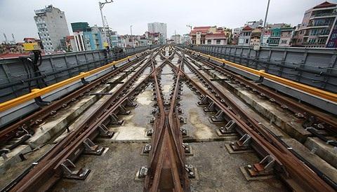 Bên trong tuyến đường sắt Cát Linh - Hà Đông ngay trước ngày chạy thử