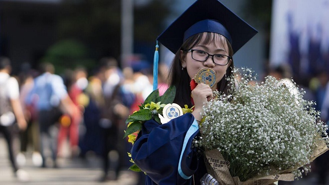 Đại học Bách khoa toàn nam nhưng nữ sinh này mới là thủ khoa