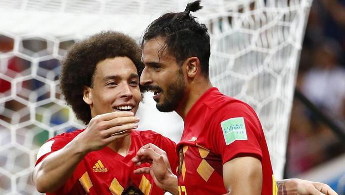 Trận đấu đêm nay giữa Pháp và Bỉ diễn ra vào lúc 1h rạng sáng ngày 11/7 tuy không có nhiều trai đẹp nhưng cũng có những cái tên ấn tượng với vẻ đẹp trai không kém cạnh đội tuyển Đức, Nga hay Ý một thời. Đầu tiên là Nacer Chadli.
