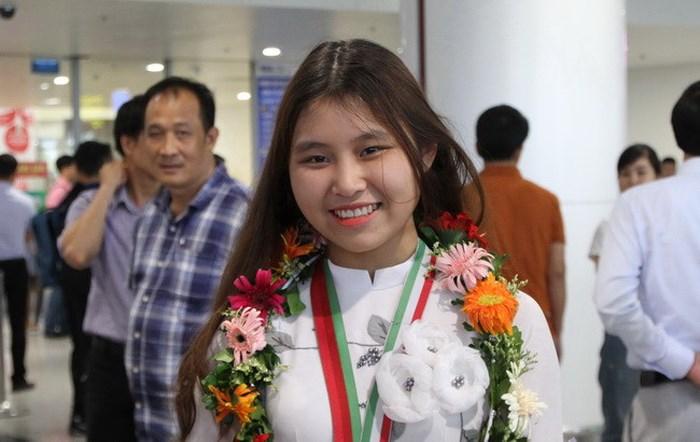 Nữ sinh đạt HCV Olympic Sinh học quốc tế được tuyển thẳng vào đại học y, thưởng 500 triệu đồng