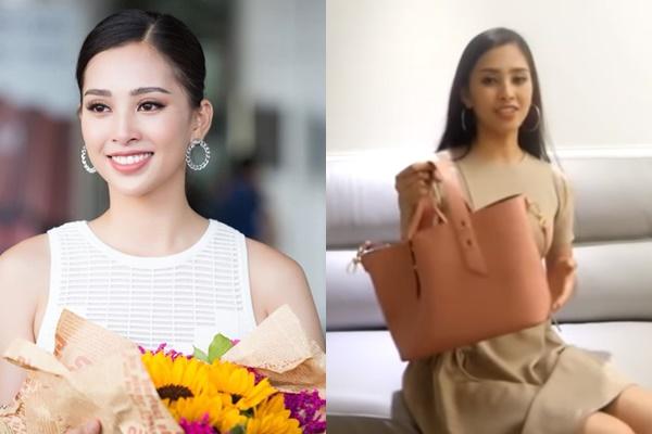 """Phát hiện cực thú vị khi bất ngờ """"lục túi"""" Hoa hậu Tiểu Vy: Vật giá trị nhất là nước hoa được thưởng và chiếc ví mẹ tặng chỉ để vài chục nghìn đồng"""