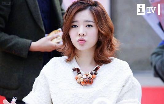 Sunny (SNSD) hoảng sợ kể lại câu chuyện gặp ma tại kí túc xá