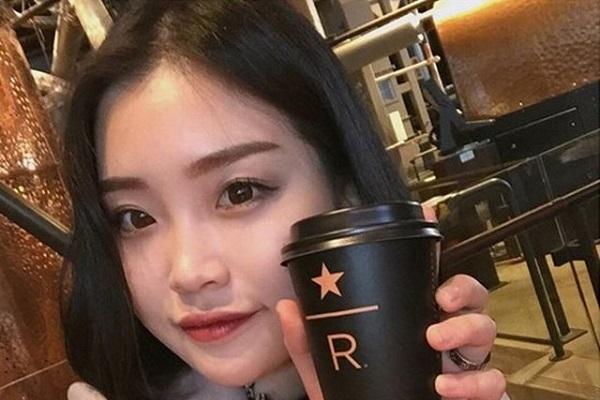 Uống cà phê để tỉnh táo: Sai lầm nghiêm trọng của sĩ tử trong mùa thi