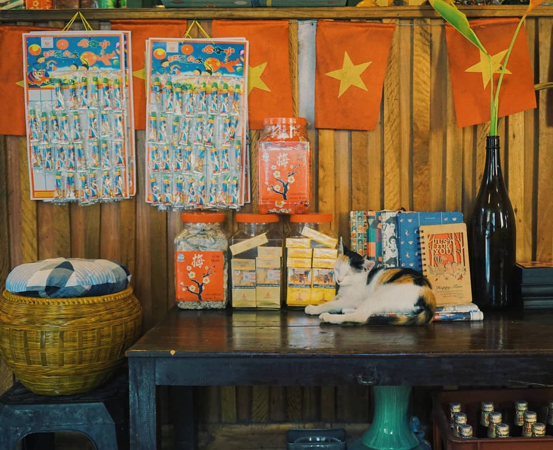 """Lưu giữ cả bầu trời """"Trung Thu xưa"""" ở 3 quán café đậm chất truyền thống ngay giữa lòng Hà Nội"""