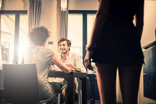 Điếm danh 5 cô bạn thân rất có thể trở thành tình nhân của chồng