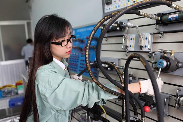 Ngành Kỹ thuật Cơ - điện tử là gì, ra trường làm gì?