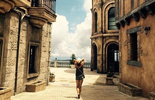 """Chạm vào một Châu Âu giữa lòng Đà Nẵng ở """"ngôi làng Pháp"""" đẹp nhất Việt Nam"""