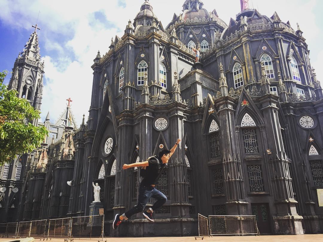 """Lạc bước vào """"lâu đài cổ tích"""" ở 3 nhà thờ đẹp không phải ai cũng biết ở Nam Định"""