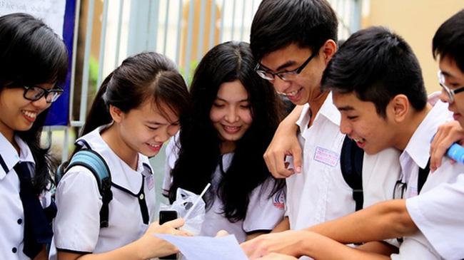 """""""Mách nhỏ"""" mẹo học tiếng Anh giúp thí sinh qua điểm liệt môn Tiếng Anh, đủ điểm đỗ đại học"""