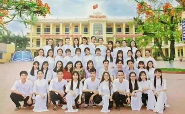 Lớp học nông thôn có 100% học sinh đỗ đại học nguyện vọng 1, điểm ngoại ngữ toàn 9, 10
