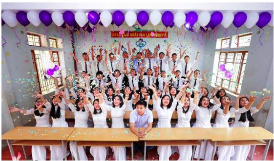 """Hai lớp """"trường làng"""" ở Nghệ An có 100% học sinh đậu đại học trường top"""