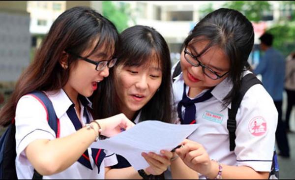 """Dự báo điểm chuẩn các trường đai học top đầu giảm """"sốc"""""""