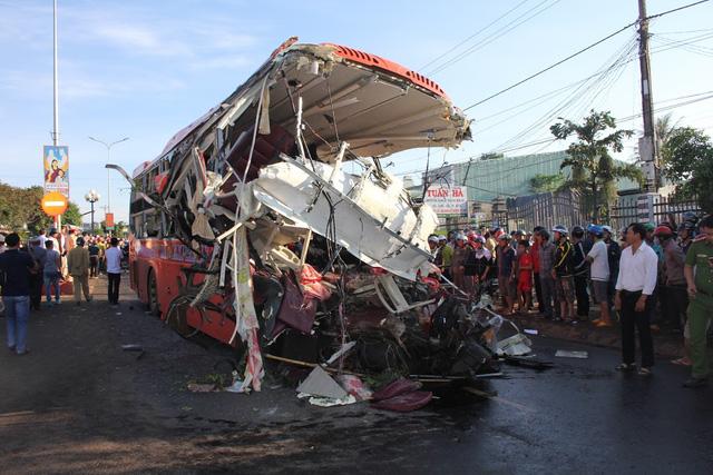 Tai nạn thảm khốc tại Gia Lai: Xe tải đã lao hơn 105km/h trước khi va chạm với xe khách