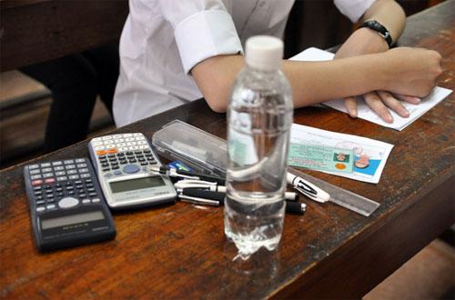 Kết quả hình ảnh cho Những vật dụng được phép mang vào phòng thi