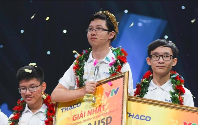 """Quán quân Olympia 2017 Phan Đăng Nhật Minh chuẩn bị """"chinh phục"""" kỳ thi THPT Quốc gia"""