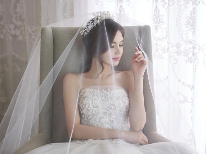 Giải mã mạng che mặt của cô dâu: Vừa sởn da gà mà cũng chứa bao điều bất ngờ