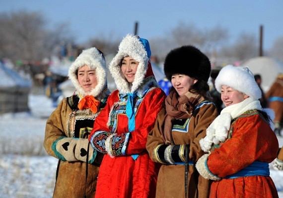 Tới lượt phụ nữ Mông Cổ thấm thía cảnh càng đẹp, càng thông minh càng khó lấy chồng