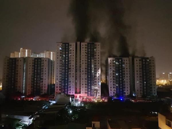 13 người chết trong vụ cháy chung cư Carina Plaza sau khi chuông báo cháy không kêu