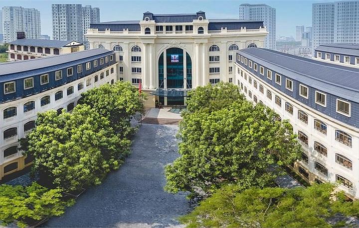 Một trường THPT dân lập được cả Microsoft và Đại học Cambridge ghi danh
