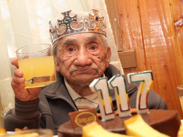 Ứng viên danh hiệu người cao tuổi nhất thế giới sống độc thân qua 3 thế kỷ